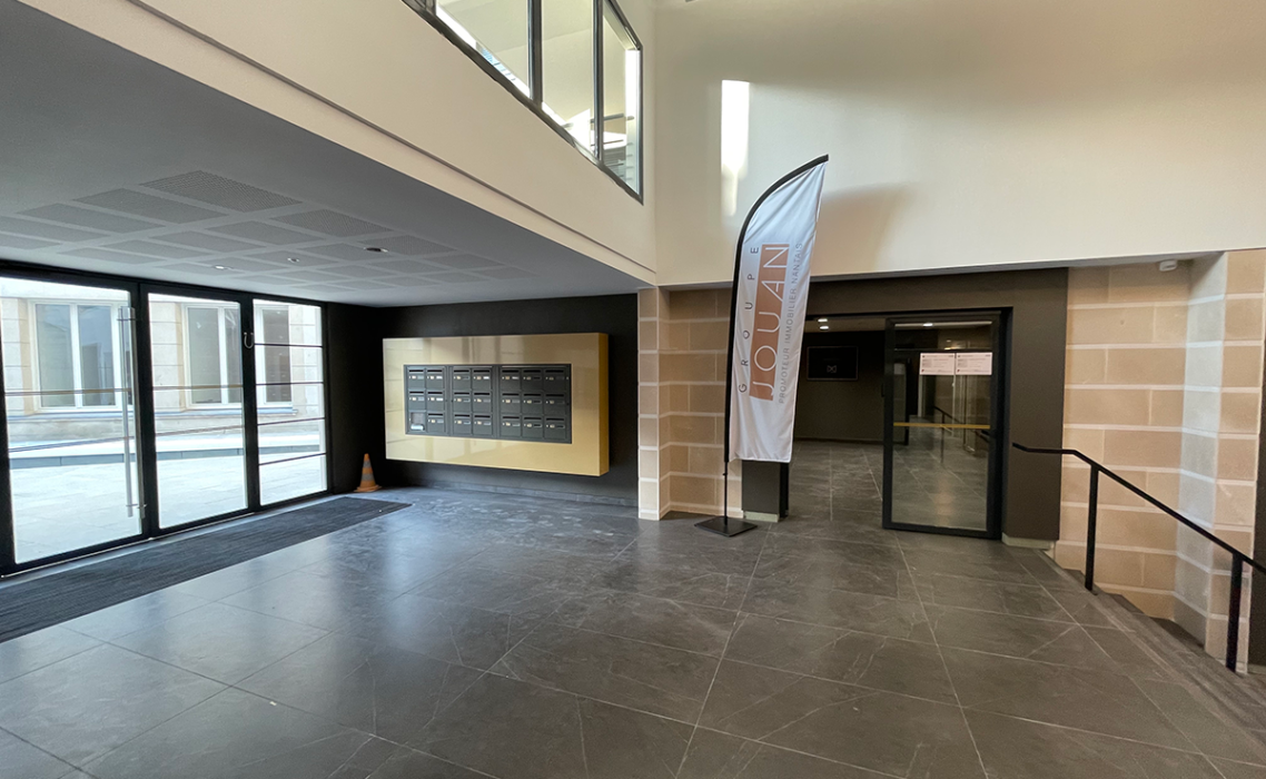 Accueil-hotel-marivaux-entrée